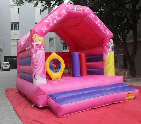 Alquiler castillo hinchable para fiestas de princesas