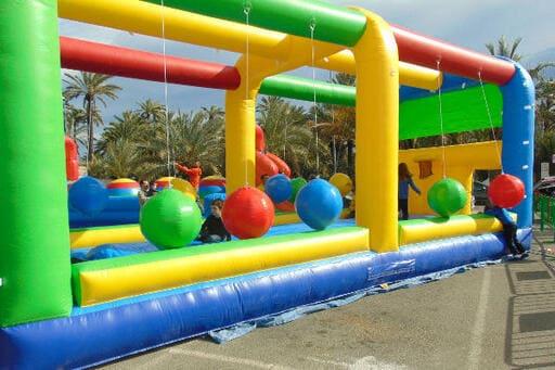 Alquiler Hinchables deportivos en Murcia, Wipeout & Humor Amarillo